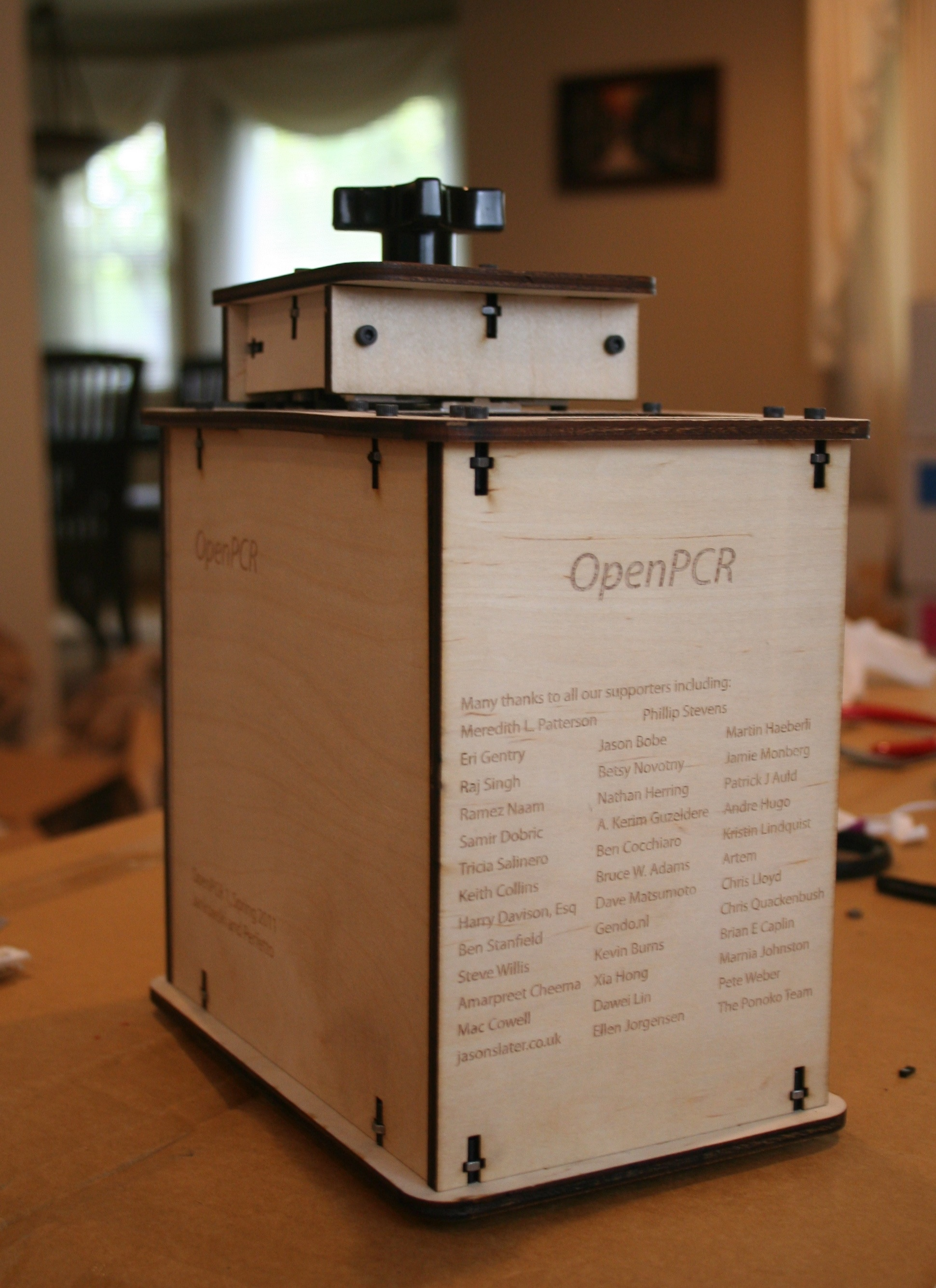Openpcr open source hackable personal pcr machine dna dna is now diy openpcr ships worldwide openpcr pcr machine thermal cycler solutioingenieria Image collections